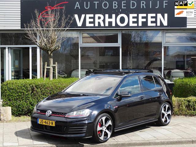 Volkswagen Golf 2.0 TSI GTI Performance - DSG AUTOMAAT - NAVIGATIE - LEDEREN BEKL - DEALER ONDERHOUDEN