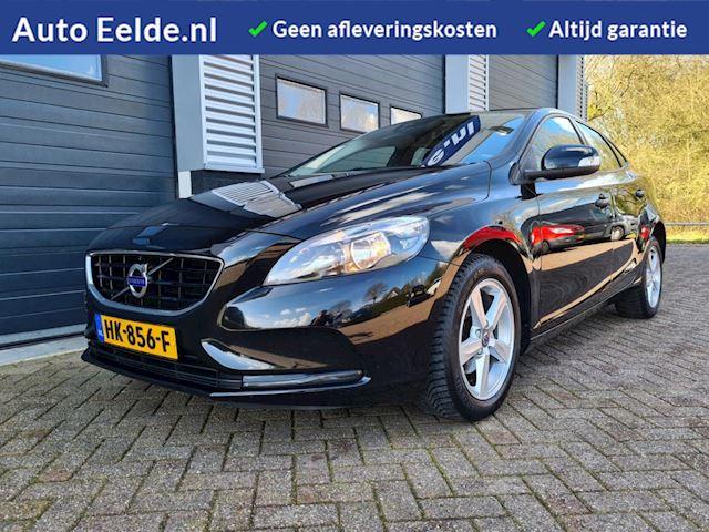 Volvo V40 2.0 120PK D2 Business + Navigatie + Parkeersensoren + Cruise !