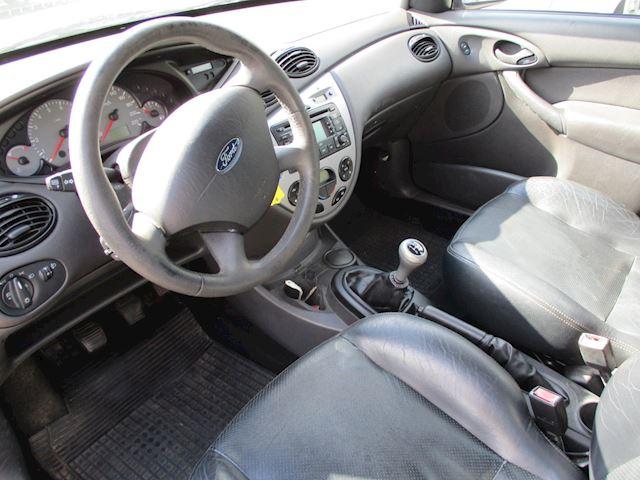 Ford Focus 1.6-16V Futura 5drs airco leer nap nw apk