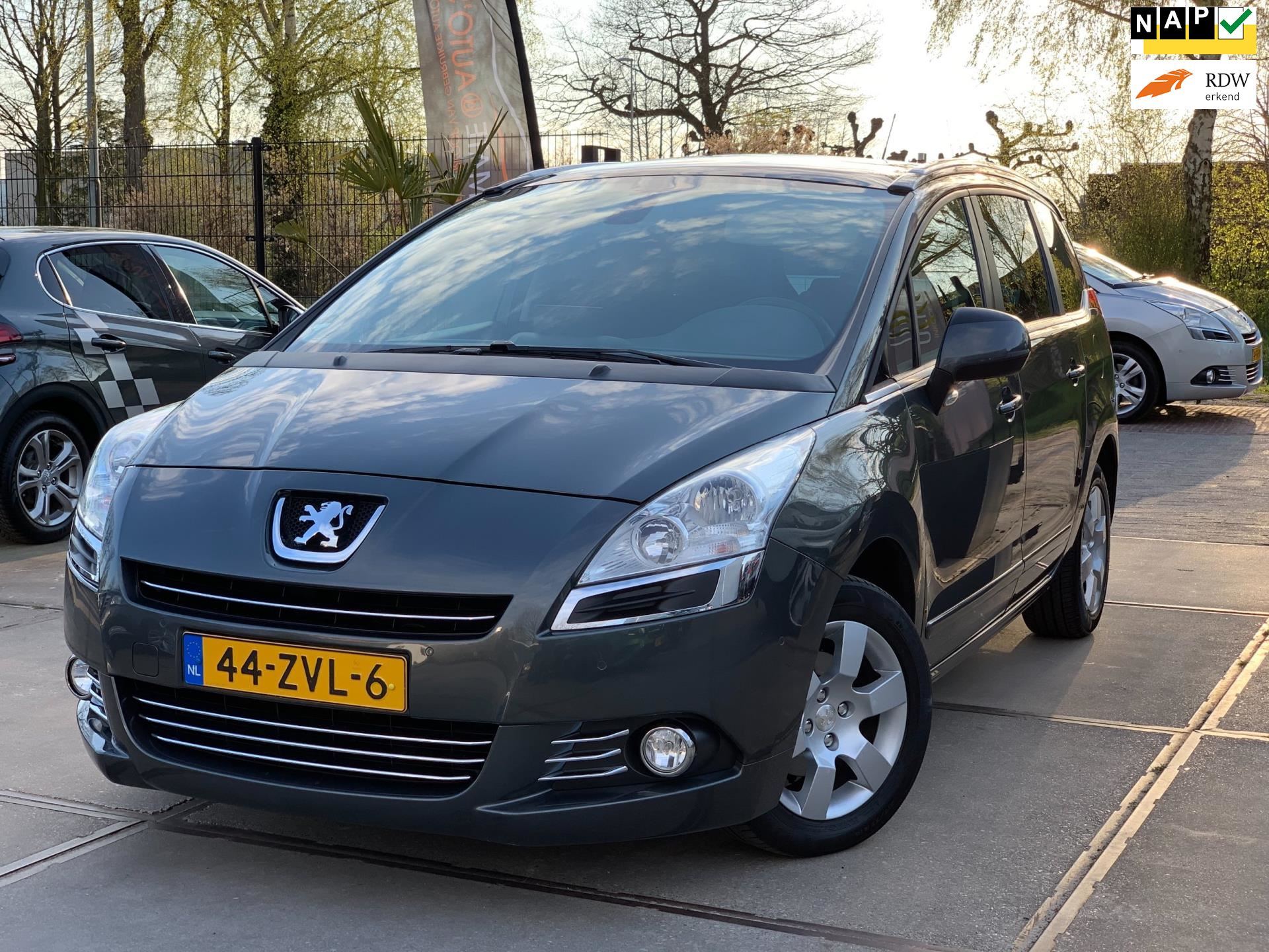 Peugeot 5008 occasion - Ultimate Auto's B.V.