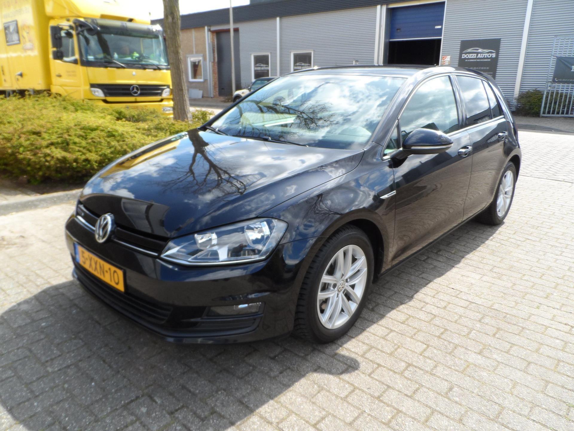Volkswagen Golf occasion - Dozzi Auto's
