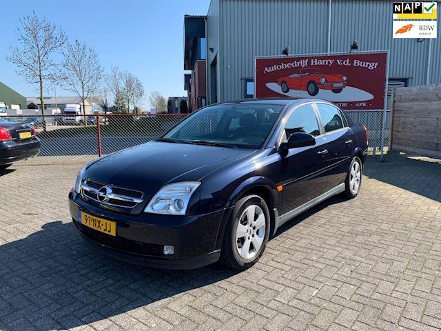 Opel Vectra 2.2-16V Essentia Slechts 84.311 km Nieuwe APK
