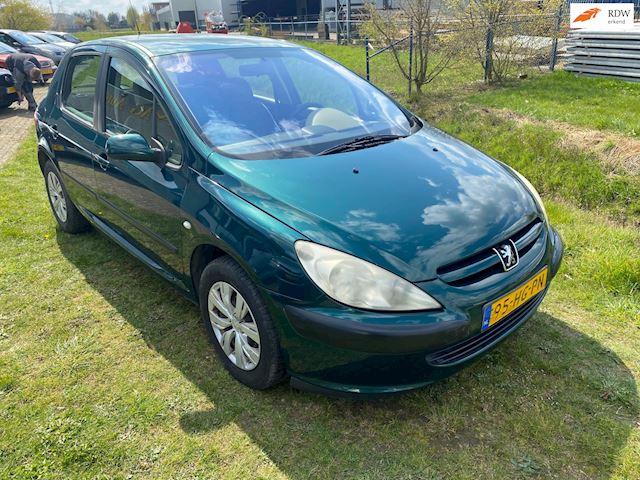 Peugeot 307 1.6-16V XT