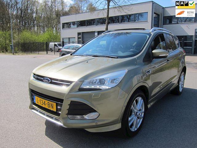 Ford Kuga 1.6 Titanium Plus TREKHAAK PANO. DAK XENON