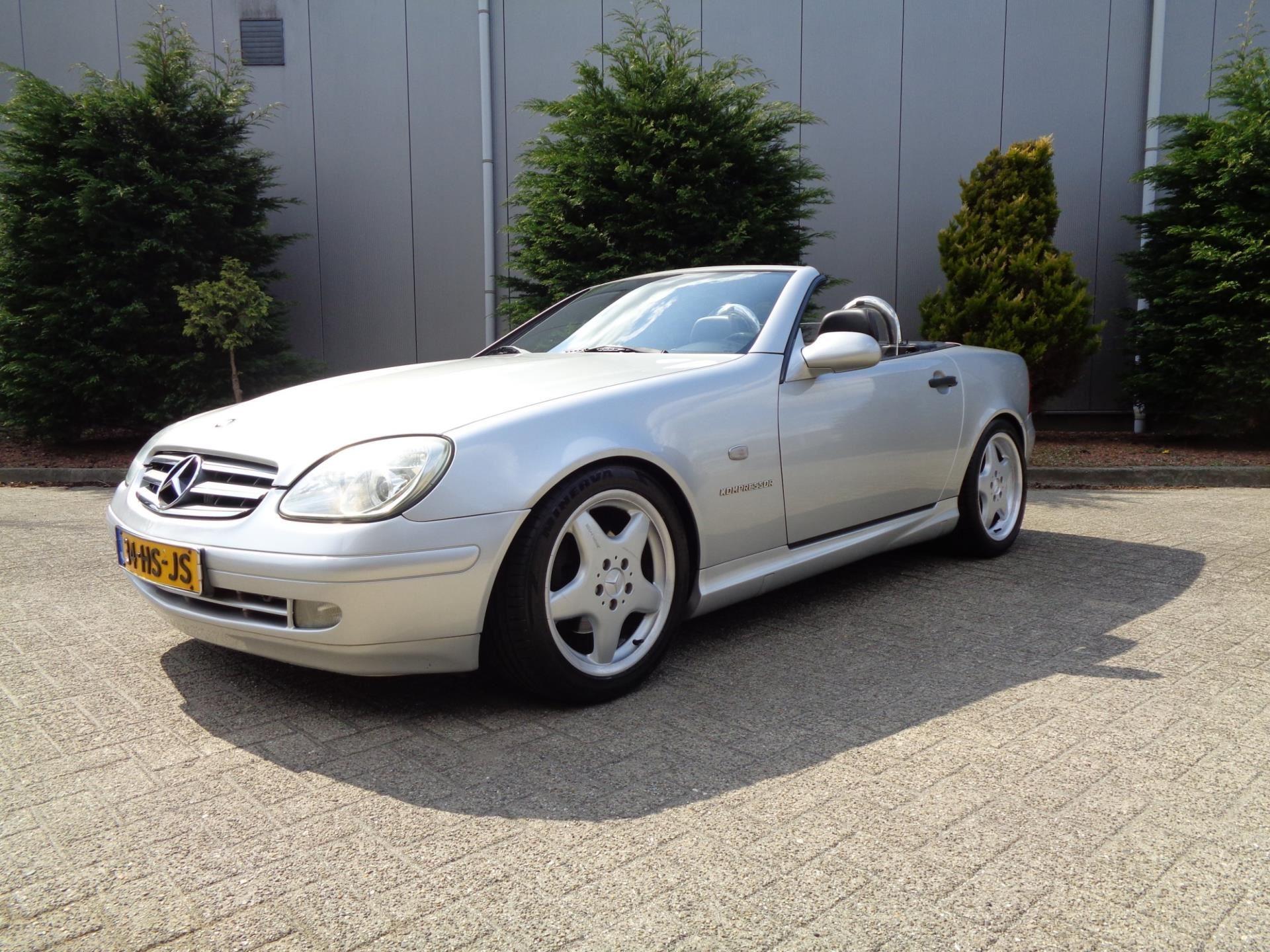 Mercedes-Benz SLK-klasse occasion - autobedrijf LO WOLTERS vof.