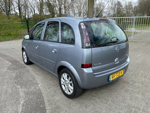 Opel Meriva 1.4-16V Cosmo 131400 kilometers airco