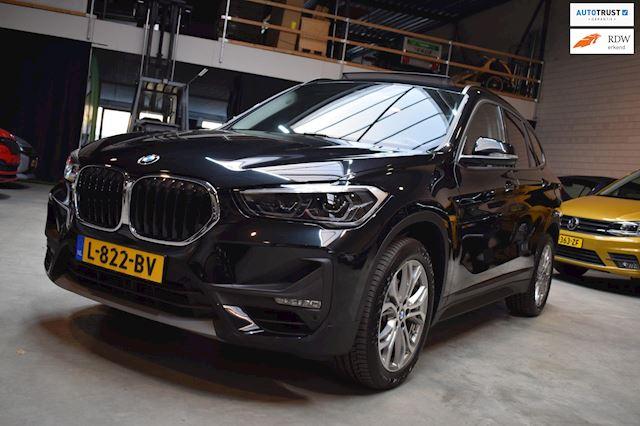 BMW X1 SDRIVE18I Open dak LM 18 veel opties