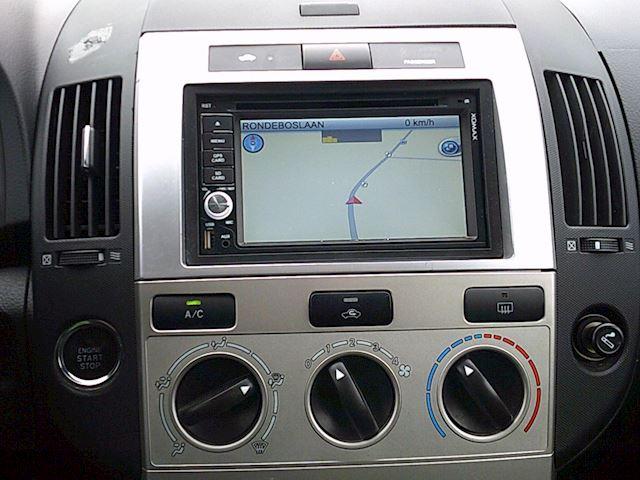 Toyota Verso 1.6 VVT-i Terra (AIRCO/NAV)