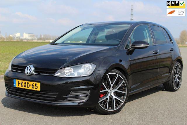 Volkswagen Golf 1.6 TDI Highline 105 PK ! DSG BAK VERVANGEN ! CLIMATE CONTROLE - LICHTMETALEN VELGEN !