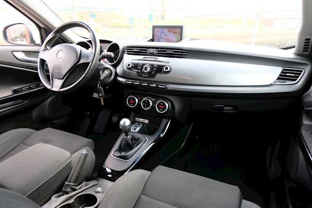 Alfa Romeo Giulietta occasion - FLEVO Mobiel