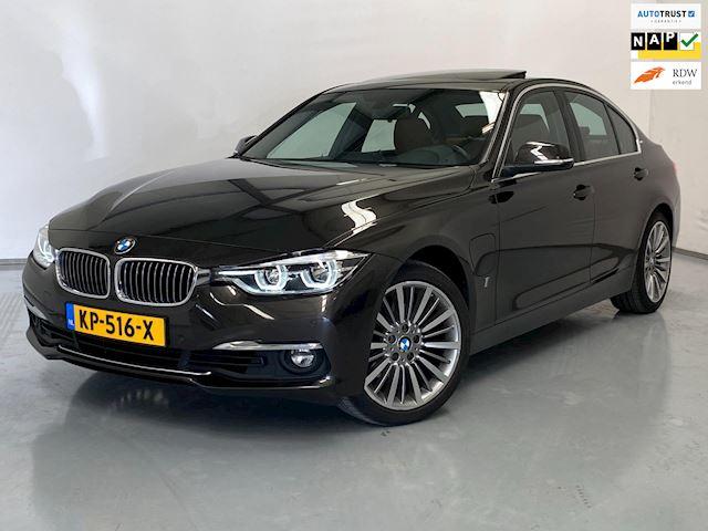 BMW 3-serie 330e / Leder / Schuifdak / Marge / NL Auto
