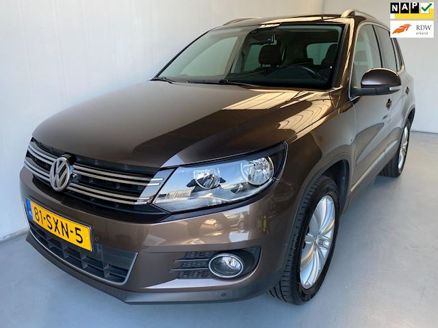 Volkswagen Tiguan 2.0 TSI Sport&Style 4Motion Navi PDC Climate+Cruise control