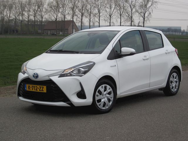 Toyota Yaris 1.5Hybrid Aut Met ECC Climate/Lane Assist/Multimedia