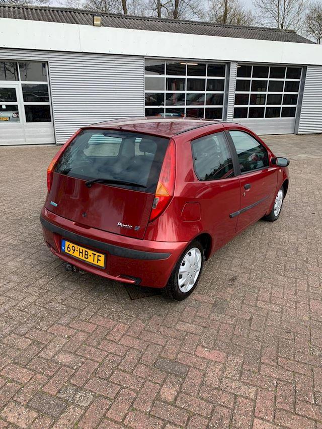 Fiat Punto 1.2-16V ELX  VOL JAAR A.P.K. !!!