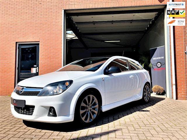 Opel Astra GTC 1.6 OPC pakket 116pk/ CRUISE/ NAVI/ USB/ Bluetooth/ NIEUWE APK