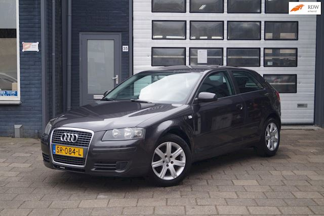 Audi A3 1.6 Attraction | Clima | LMV | NW APK