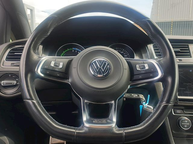 Volkswagen Golf 1.4 TSI GTE TSI 150 PK Navi 1e Eigenaar