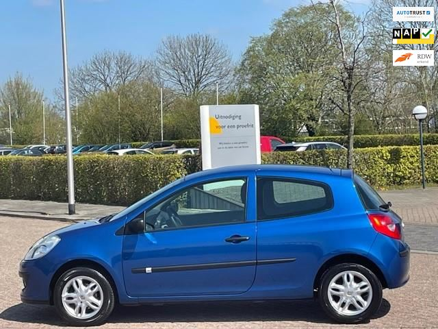 Renault Clio occasion - Jesse de Koning Auto`s