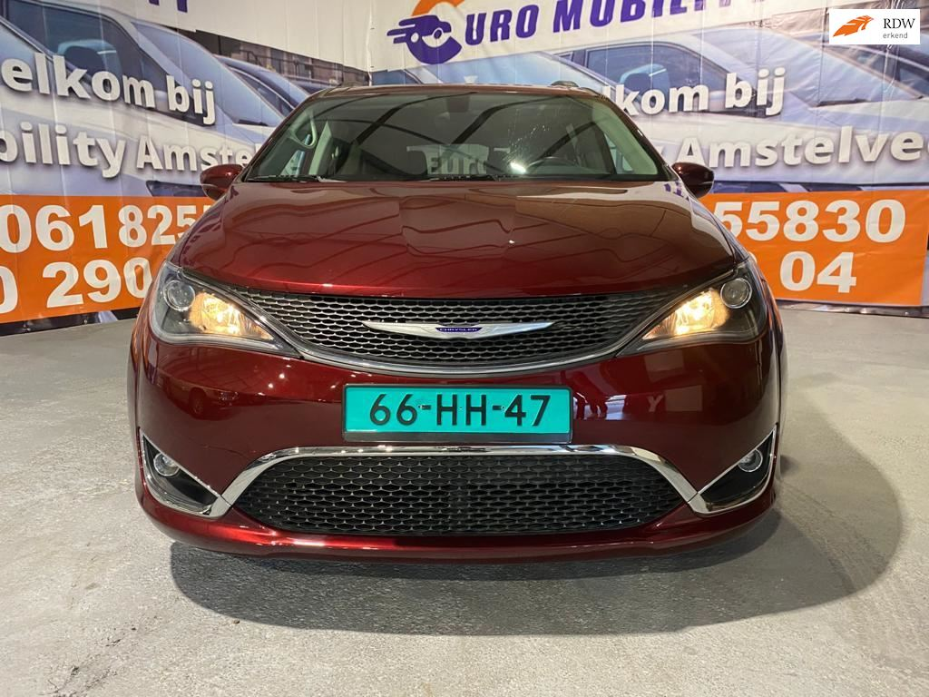 Chrysler Pacifica occasion - Euro Mobility Amstelveen