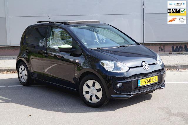 Volkswagen Up! 1.0 high up!  PANORAMA * NAVIGATIE * BLEUTOOTH * GARANTIE* INRUIL MOGELIJK * 5 DEURS