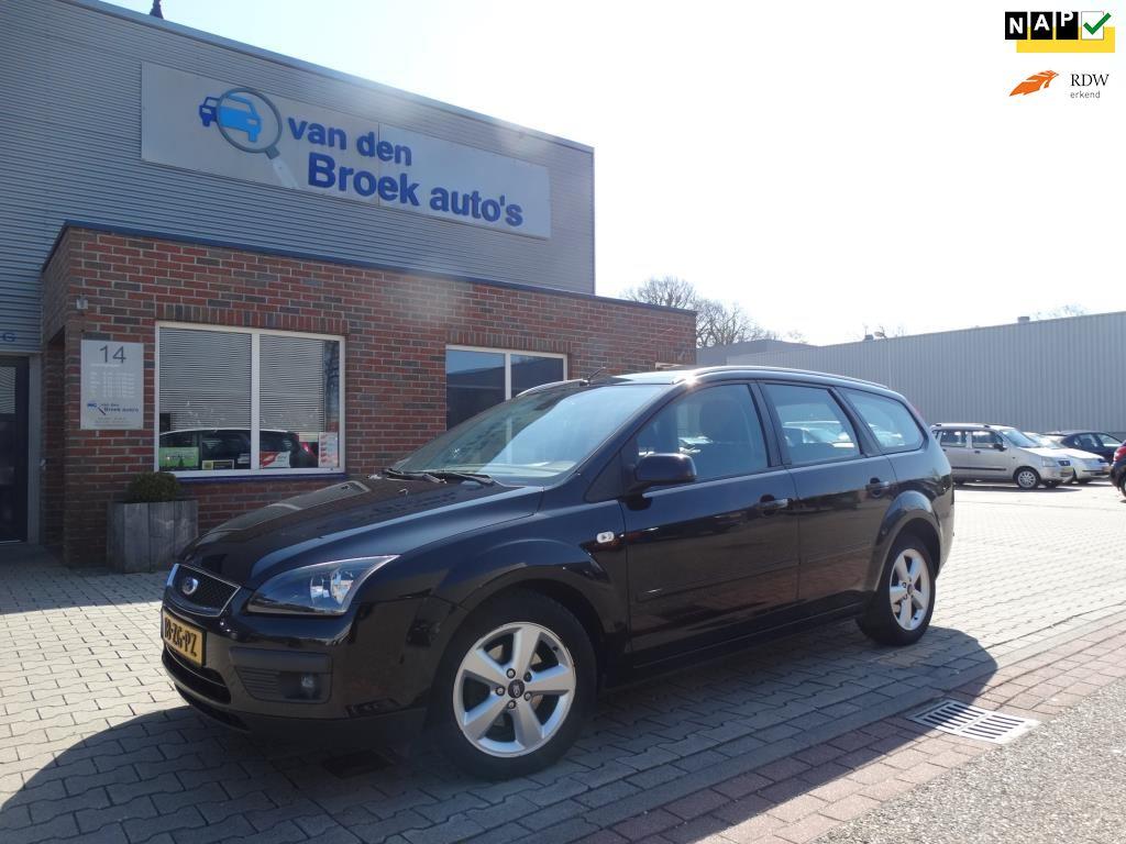 Ford Focus Wagon occasion - R. van den Broek Auto's