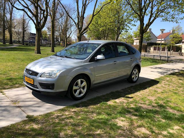 Ford Focus occasion - Garage Roxs