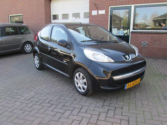 Peugeot 107 occasion - Autobedrijf J.D. van Essen