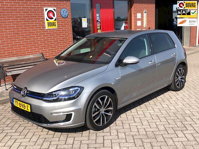 Volkswagen E-Golf | Keyless | Carplay | App connect | Dynaudio | Camera | ACC | 200km Radius |