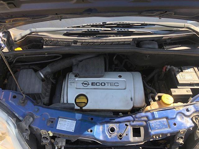 Opel Meriva 1.6-16V Met nieuwe APK !!