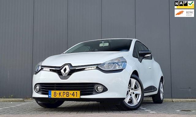 Renault Clio 1.5 dCi ECO Expression 100% Dealer onderhouden Navi LM velgen