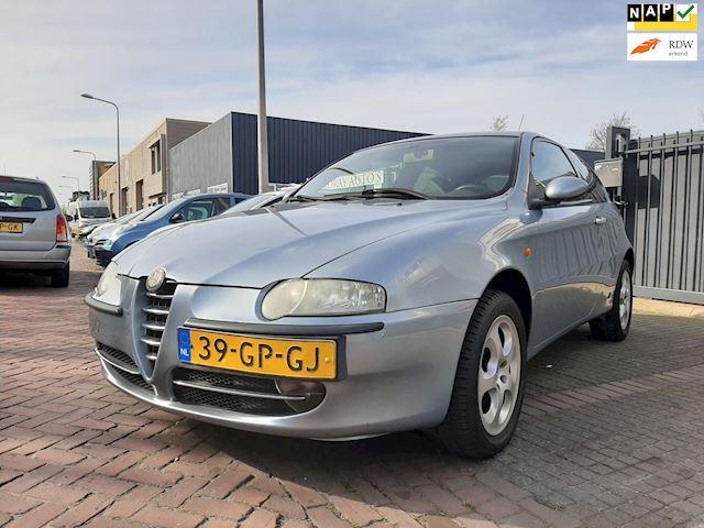 Alfa Romeo 147 |2.0 T.Spark Distinctive Selespeed|Lage km|Airco|Automaat|