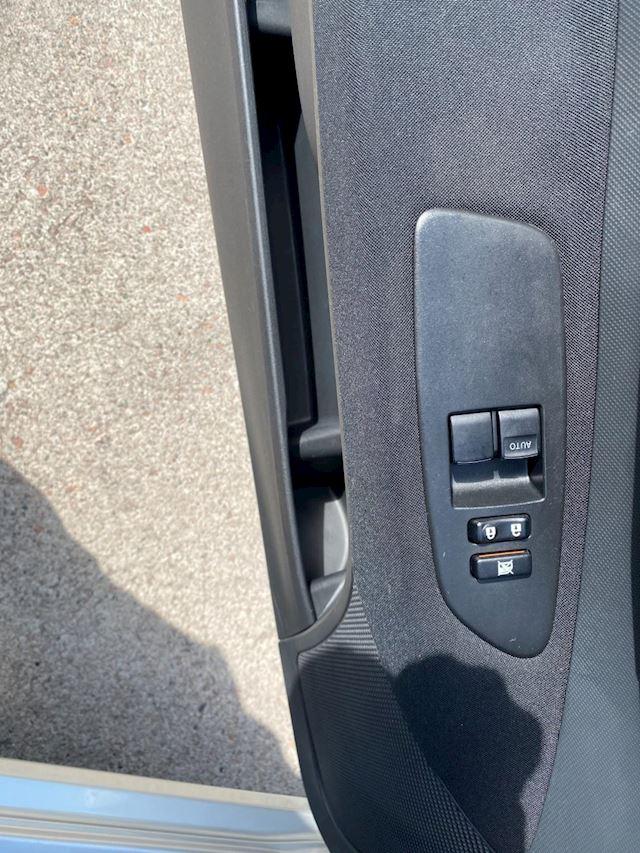 Toyota Auris 1.6-16V Sol,Airco,NW APK!