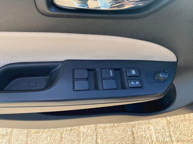 Suzuki Swift 1.2 Exclusive lederen interieur. 2014