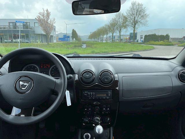 Dacia Duster 1.6 Lauréate 4x4 4 wheel drive