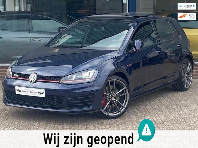 Volkswagen Golf 2.0 TSI GTI Performance 230PK 5 deurs! Panorama/Xenon/Navigatie/Cruise/19