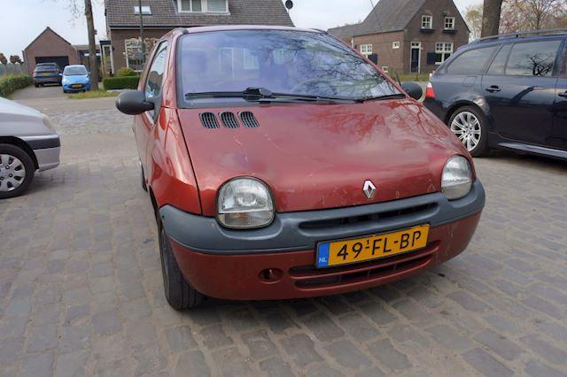 Renault Twingo 1.2 Air stuurbekr. apk 8-3-2022 ster in v raam