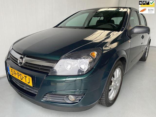 Opel Astra 1.6 Cosmo Airco APK '16 velgen