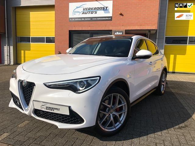 Alfa Romeo Stelvio occasion - Verkroost Auto's