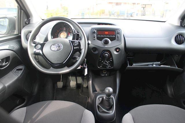 Toyota Aygo 1.0 VVT-i x-fun bleutooth 11-2018  NL auto