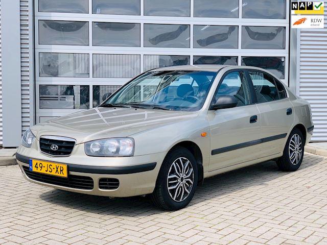 Hyundai Elantra 1.6i-16V GL bj.2002 Airco Lage kilometers Nap.