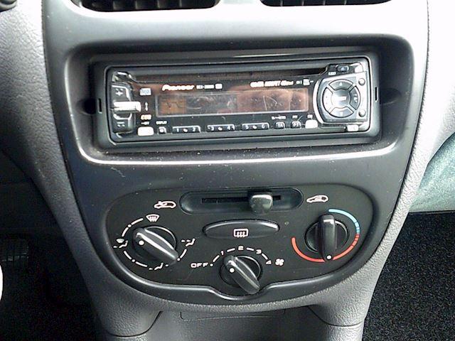 Peugeot 206 1.4 XT (Automaat)