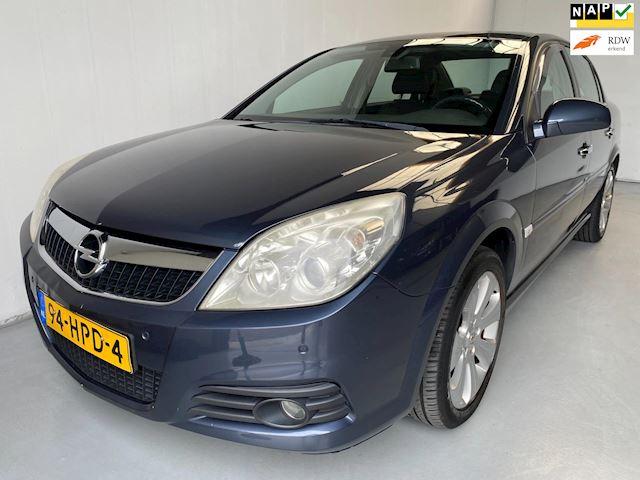 Opel Vectra 1.9 CDTi Executive Leer Navigatie PDC Climate+Cruise control
