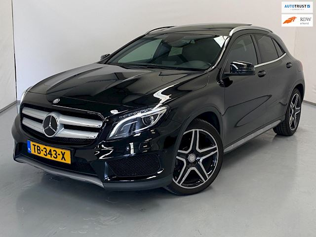 Mercedes-Benz GLA-klasse 250 4Matic Edition 1 / Pano / Navi