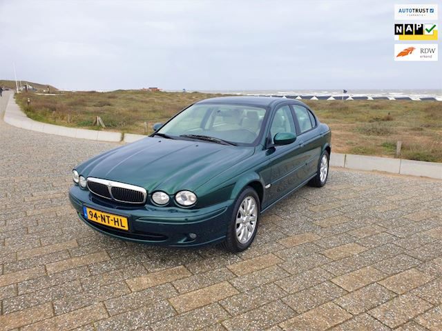 Jaguar X-type 2.0 V6 | Automaat | Climate Control | Afneembare trekhaak | Zeer nette auto |
