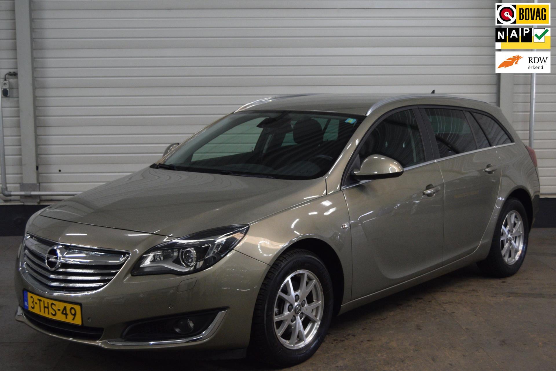 Opel Insignia Sports Tourer occasion - Autobedrijf van de Werken bv