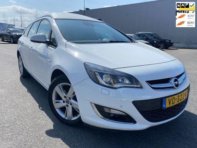 Opel Astra Sports Tourer 2.0 CDTi Automaat VAN/ XENON/ Sport/ NAVI