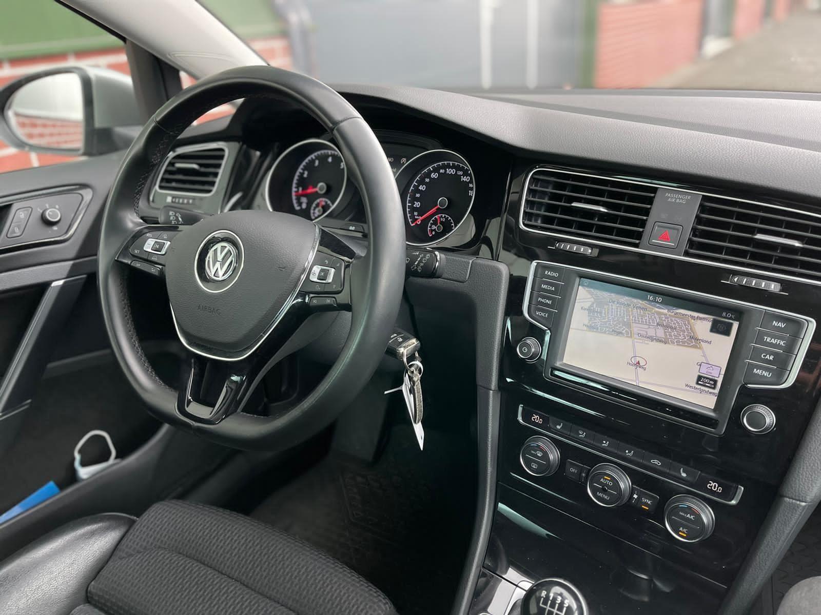 Volkswagen Golf occasion - D & T Automotive B.V.