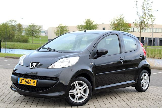 Peugeot 107 occasion - A tot Z Auto's B.V.