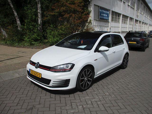 Volkswagen Golf 2.0 TSI GTI Performance Pano DSG Camera Keyless 2014