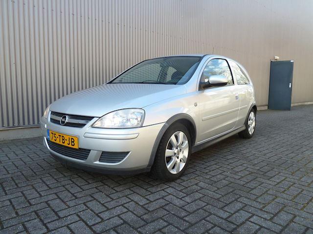 Opel Corsa 1.2-16V Silverline/Airco/Audio/LMV. Zeer nette auto